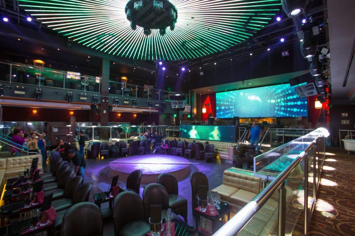 E11even Nightclub Miami dance floor
