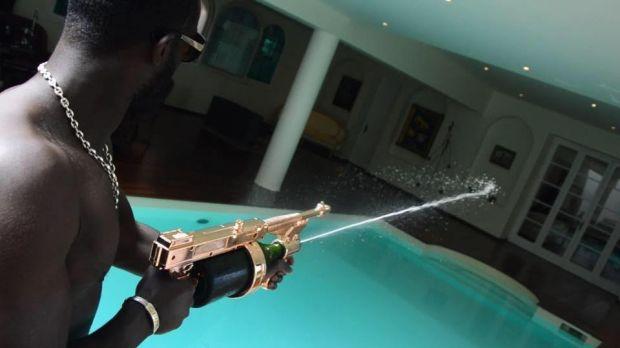 champagne_gun2