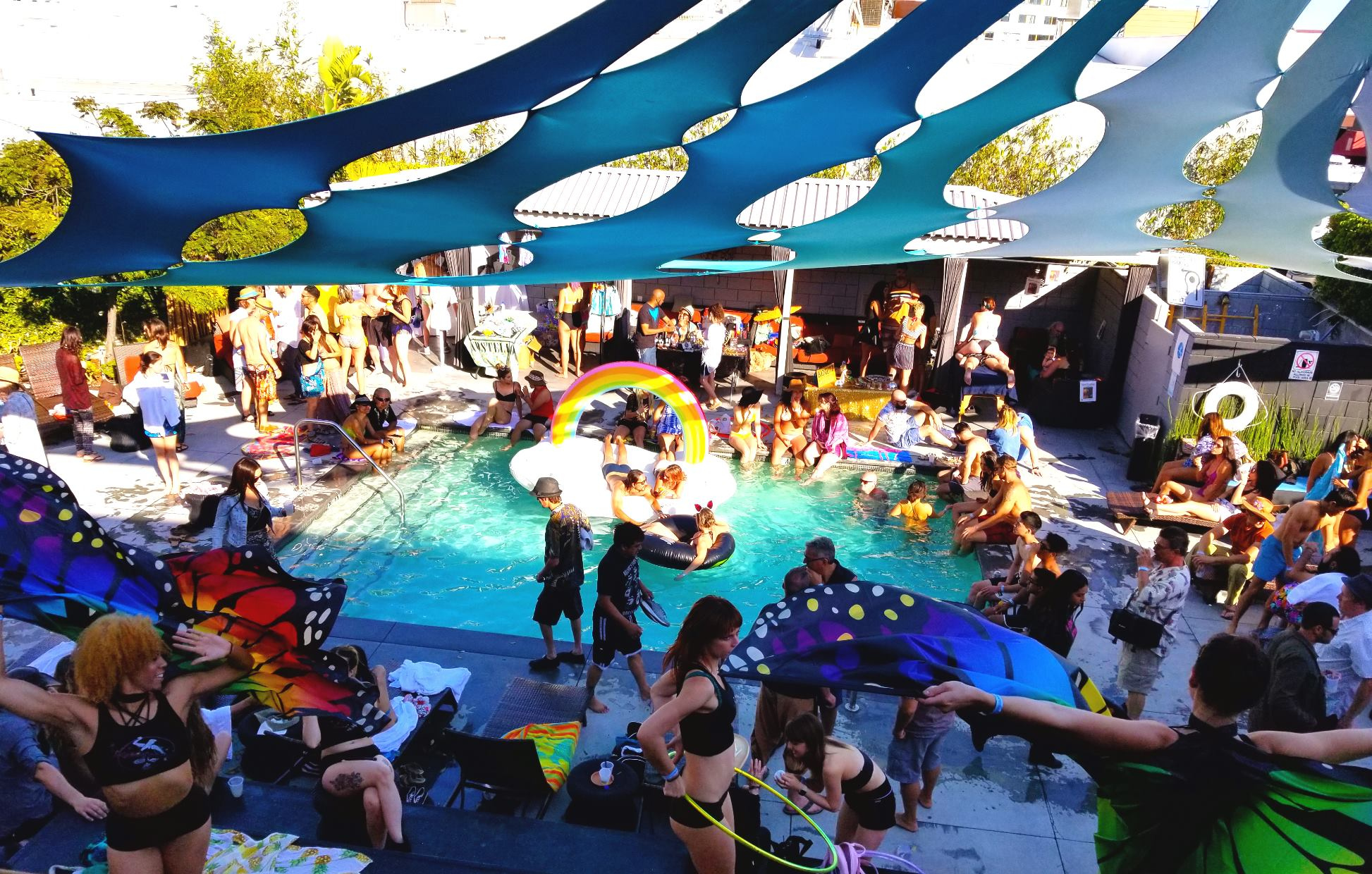 Crowd partying at Liquid Frequencies pool