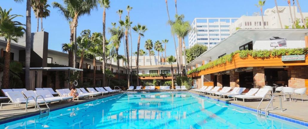 Big pool at Roosevelt Hotel called Tropicana