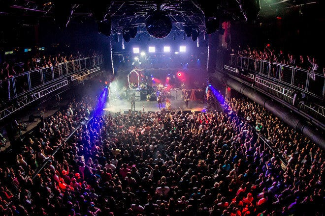 Packed house for concert at Brooklyn Bowl, Las Vegas