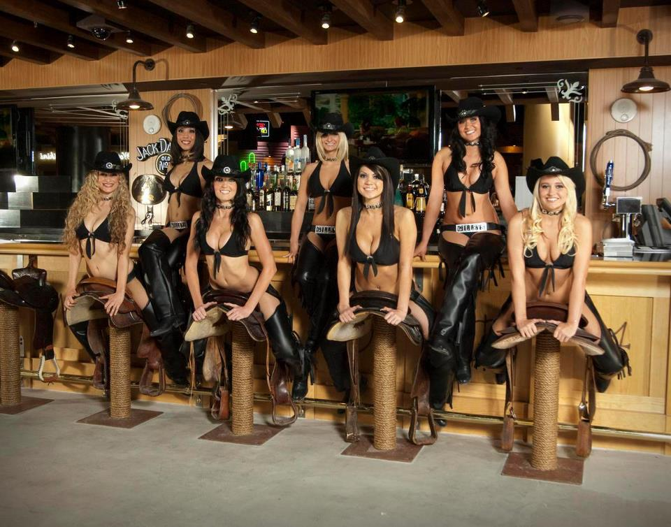 Gilley's Girls cowgirl bartenders @ Gilley's Saloon Las Vegas, Nevada
