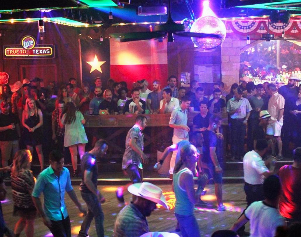 round up saloon gay bar dallas