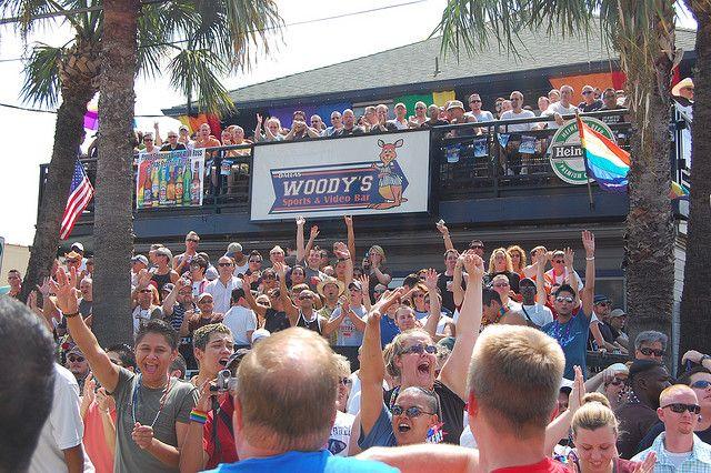 woody's gay bar dallas