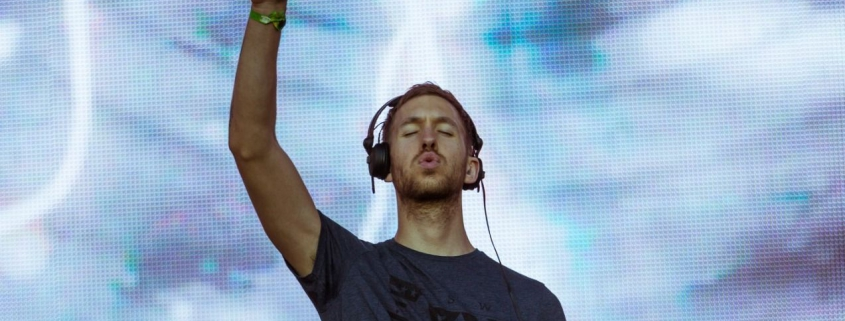 Calvin Harris performing