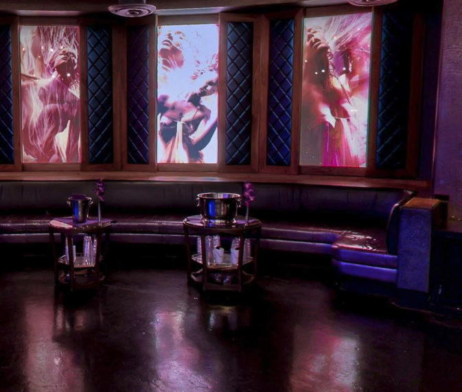 Marquee Nightclub Salon Cloud Table