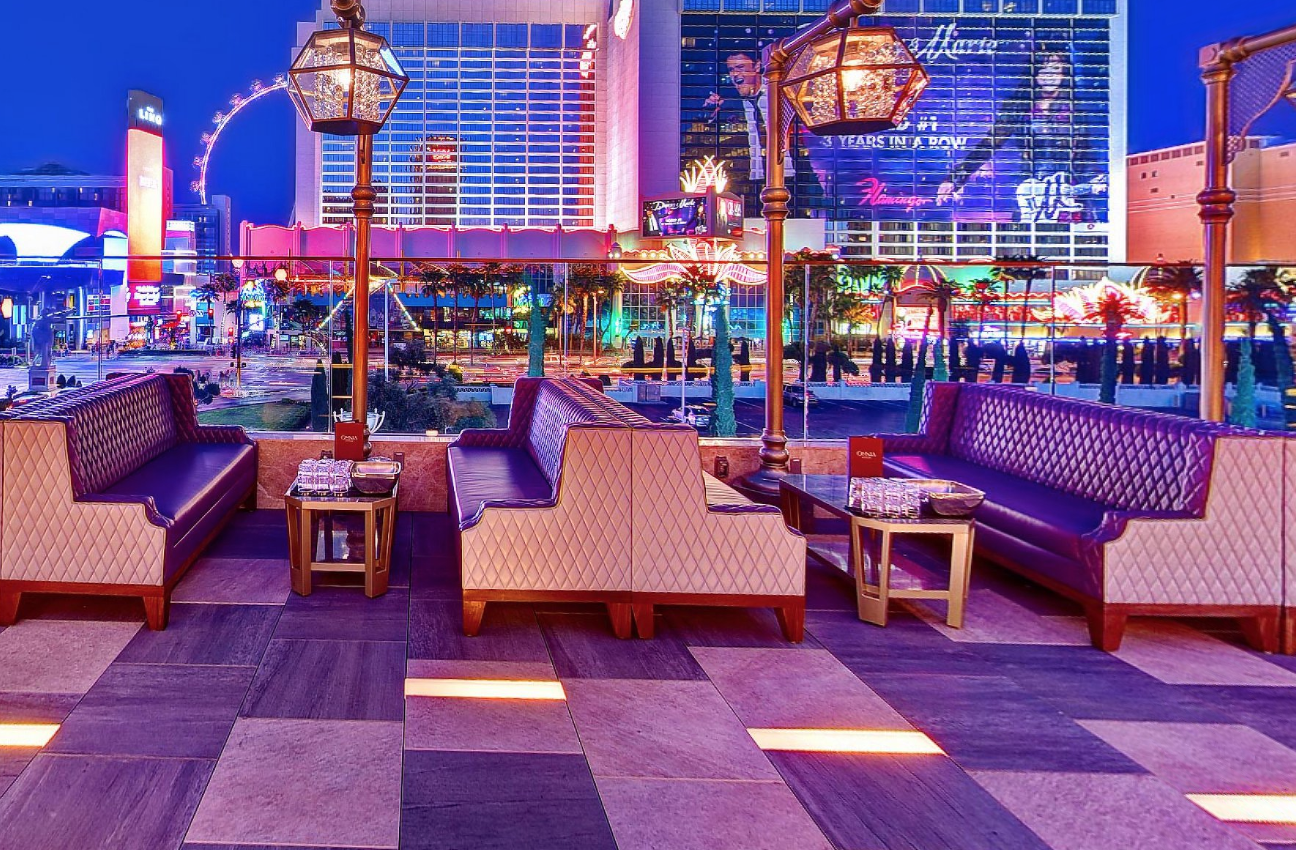 Omnia Terrace Strip View Table