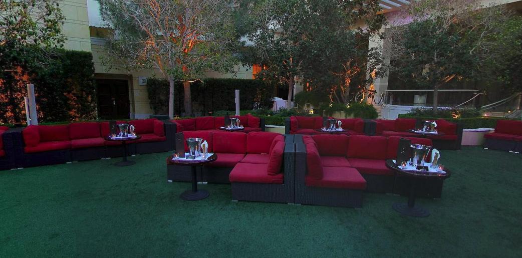 xs lawn tables